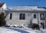 Foreclosed Home in Bay City 48706 413 S WENONA ST - Property ID: 4250134