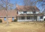 Foreclosed Home in Jackson 39212 366 HILLANDALE DR - Property ID: 4250190