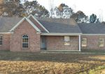 Foreclosed Home in Holly Springs 38635 295 BEVERLY LN - Property ID: 4250194