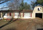 Foreclosed Home in Lynchburg 24501 1410 TUNBRIDGE RD - Property ID: 4250867