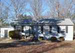 Foreclosed Home in Petersburg 23805 3300 TAVERN RD - Property ID: 4250938
