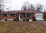 Foreclosed Home in Radcliff 40160 1097 GLENWOOD DR - Property ID: 4251437