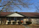 Foreclosed Home in Belleville 62221 304 WEATHERSTONE DR - Property ID: 4251531