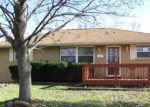 Foreclosed Home in Beech Grove 46107 707 KILLIAN DR - Property ID: 4252850