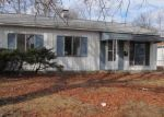 Foreclosed Home in Granite City 62040 2301 CARDINAL AVE - Property ID: 4252926