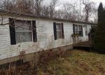 Foreclosed Home in North Versailles 15137 700 NAYSMITH RD - Property ID: 4252997