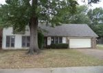 Foreclosed Home in Memphis 38141 4499 SEVEN VALLEY CV - Property ID: 4253003