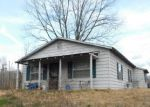 Foreclosed Home in Savannah 38372 550 CRAVENS DR - Property ID: 4253076