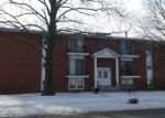 Foreclosed Home in Springfield 62704 255 S DURKIN DR APT 3 - Property ID: 4253144