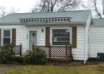 Foreclosed Home in Springfield 62703 3101 S 14TH ST - Property ID: 4253154
