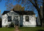 Foreclosed Home in Hammond 46323 3153 PARKWAY NORTH ST - Property ID: 4253184
