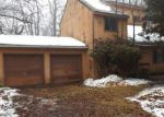 Foreclosed Home in Tobyhanna 18466 1047 KNOLLWOOD DR - Property ID: 4255264