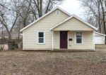 Foreclosed Home in Springfield 65802 2850 W WALNUT ST - Property ID: 4255542