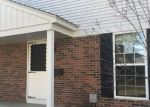 Foreclosed Home in Clinton Township 48035 24154 MEADOWBRIDGE DR - Property ID: 4255567