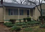 Foreclosed Home in Florence 35630 122 E DUNCAN AVE - Property ID: 4255782