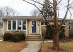 Foreclosed Home in Arlington Heights 60004 821 N PATTON AVE - Property ID: 4255821