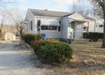 Foreclosed Home in Alton 62002 1911 BURLING DR - Property ID: 4255867