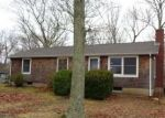 Foreclosed Home in East Hampton 11937 10 18TH ST - Property ID: 4256200
