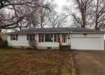 Foreclosed Home in Lorain 44053 1234 PARKWAY DR - Property ID: 4256420