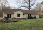 Foreclosed Home in Benton 72015 710 W NARROWAY ST - Property ID: 4256815