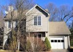 Foreclosed Home in South Windsor 6074 28 ELDERBERRY LN UNIT 28 - Property ID: 4256866