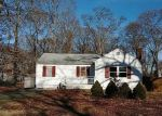 Foreclosed Home in Middle Island 11953 5 SOUTH ST - Property ID: 4256898