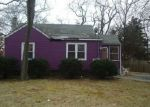 Foreclosed Home in Central Islip 11722 5 MONSEN ST - Property ID: 4256900