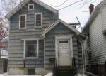 Foreclosed Home in Clinton 52732 618 5TH AVE S - Property ID: 4256998