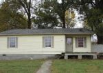 Foreclosed Home in Cape Girardeau 63703 810 COLLEGE ST - Property ID: 4257169