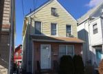 Foreclosed Home in Clifton 7013 26 PLEASANT AVE - Property ID: 4257402
