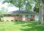 Foreclosed Home in Maumee 43537 4438 CARNEY DR - Property ID: 4257546