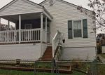 Foreclosed Home in Saint Albans 25177 1012 ELLIS RD - Property ID: 4257715