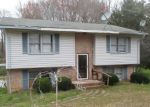 Foreclosed Home in Wadesboro 28170 111 MEADOWVIEW DR - Property ID: 4257897