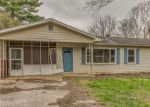 Foreclosed Home in Knoxville 37931 6933 MACKIN LN - Property ID: 4258143