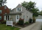 Foreclosed Home in Cleveland 44118 3730 SILSBY RD - Property ID: 4258223