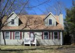 Foreclosed Home in East Quogue 11942 14 POST XING - Property ID: 4258310