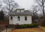 Foreclosed Home in Clementon 8021 89 E 6TH AVE - Property ID: 4258334