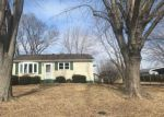 Foreclosed Home in Dorsey 62021 4707 SEILER RD - Property ID: 4258517