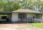 Foreclosed Home in Houma 70364 240 SAINT PAUL ST - Property ID: 4259262