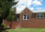Foreclosed Home in Essex 21221 904 ESSEX AVE - Property ID: 4259665