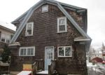Foreclosed Home in Cranston 2910 27 GLENWOOD AVE - Property ID: 4259784