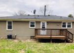 Foreclosed Home in Louisville 40258 7707 POINSETTIA DR - Property ID: 4260365