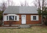 Foreclosed Home in New Britain 6053 15 STEPHEN CT - Property ID: 4261065