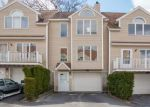 Foreclosed Home in Dracut 1826 36 TOBEY RD UNIT 27 - Property ID: 4261249