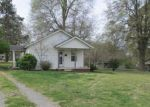 Foreclosed Home in Bessemer City 28016 614 E LEE AVE - Property ID: 4261258