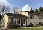 Foreclosed Home in York 17408 2528 MANOR RD - Property ID: 4261310