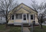 Foreclosed Home in Alton 62002 3301 LINCOLN ST - Property ID: 4262230