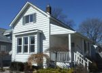 Foreclosed Home in Bay City 48708 2131 3RD ST - Property ID: 4262615