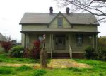Foreclosed Home in Chatsworth 30705 1091 WOODLAWN RD - Property ID: 4262831