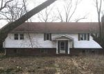 Foreclosed Home in Seymour 65746 523 ZION RD - Property ID: 4263030